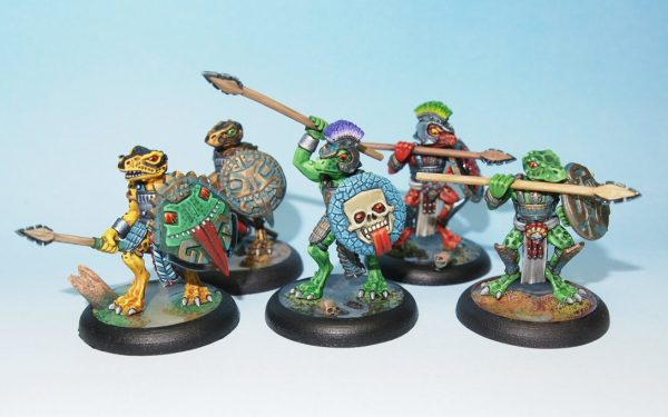 Eru Kin lizard men and space frogs with spears